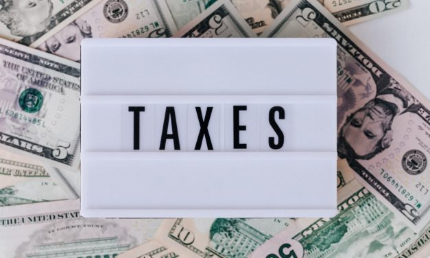 Piqure de rappel : Taxe, redevance(s), quelle différence ? 💰