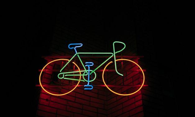 Pistes cyclables : le Conseil d'État change de braquet 🚲🛣️